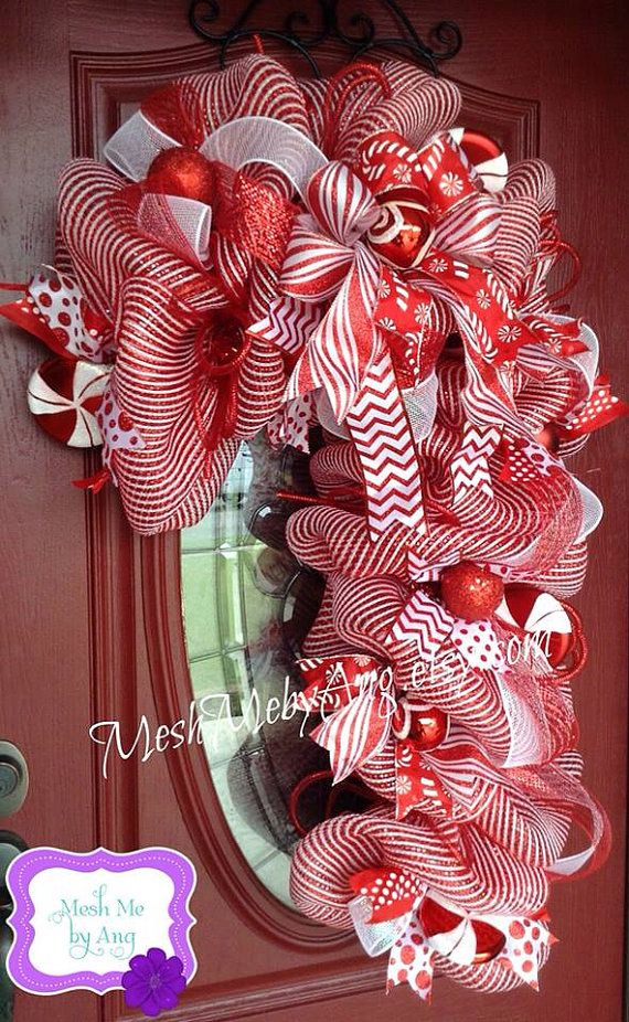 Deco mesh candy cane wreath  by MeshMebyAng on Etsy