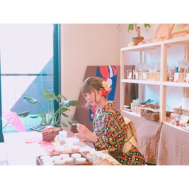 オフショットもちょこちょこ載せていきますね。 『奈良ノススメ: 声地探訪 vol.1 久保ユリカ編』  http://www.shogakukan-cr.jp/seichitanbou/  #NARA #奈良 #나라 #kuboyurika #久保百合花 #쿠보유리카 #shikaco #小鹿 #시카코 #guidebook #kimono #着物 #기모노