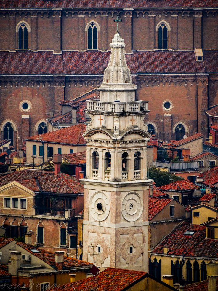 https://flic.kr/p/NfskLK | The white tower of Venice | FROM: 2015  This was one of the very first photo's to be edited in Lightroom, This was made from above the Campanile of San Marco.