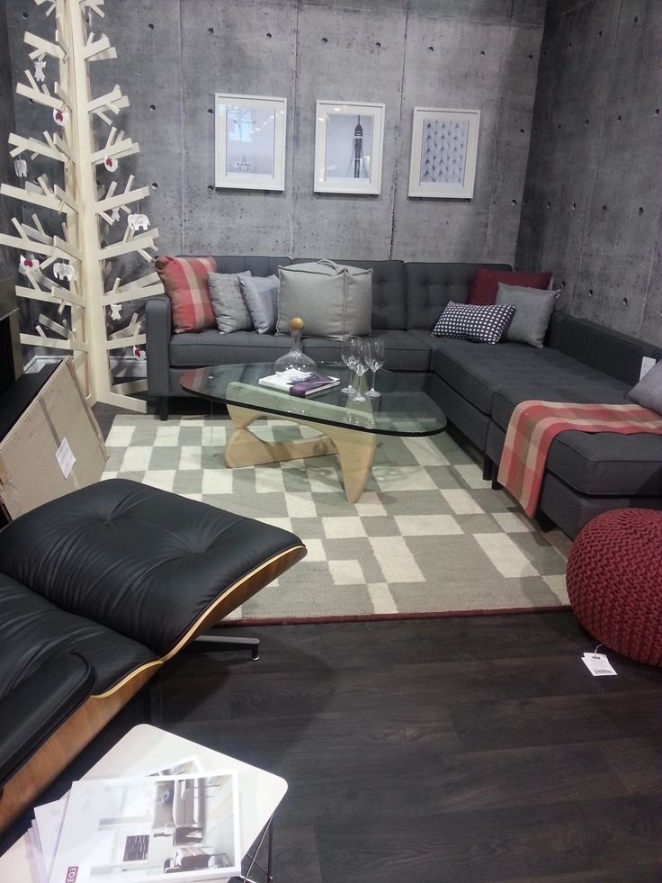 The International Home Show OPENS TODAY! COME CHECK OUT THE DECORATING BY DESIGN STAGE  Nov 7-10, 2013 at The International Centre, 6900 Airport Rd. FREE PARKING!! http://www.internationalhomeshow.ca