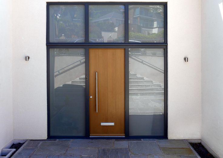 Kloeber Timber FunkyFront Bremen 1, Frame 9, 32mm bar handle, Frame finished Green Oak 59T, Door Panel RAL 7016 Anthracite Grey Kloeber 23132 Potton Image