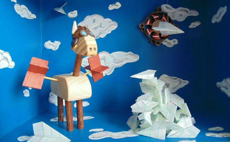 "Art, art doll, box, illustration, paper airplane, wood horse, ""Mirando al cielo Sueño"" www.tallersancho.com"