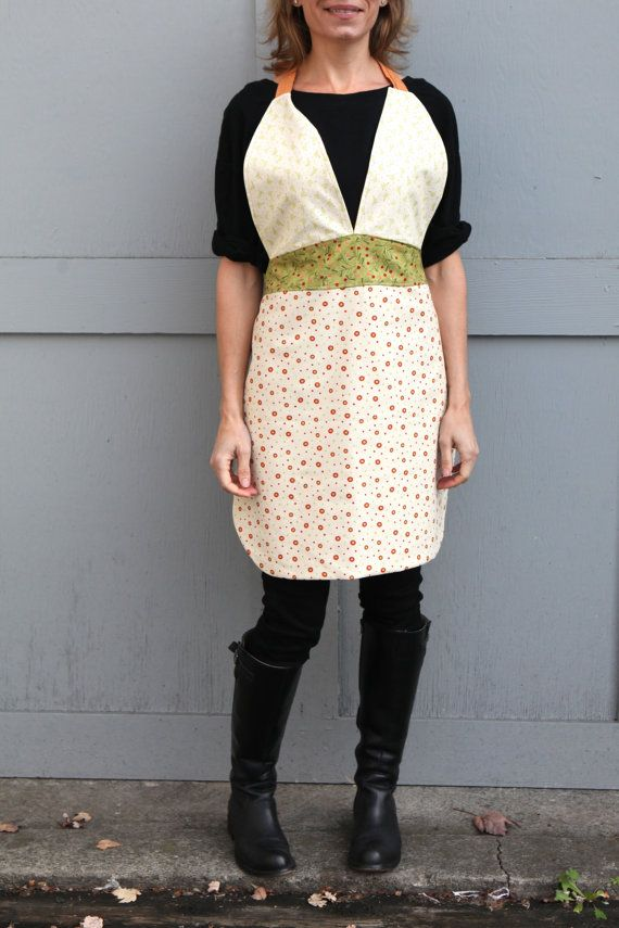 Friday Apron with a holiday twist by QuiltsbyNona on Etsy, $27.00