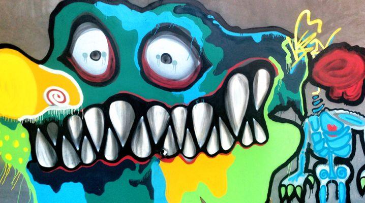 FAQD-Chris-Brown-Graffiti-Art-718x400.png (718×400)