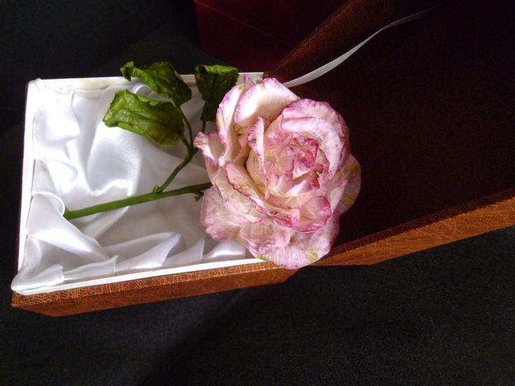 Сухая роза из холодного фарфора №2