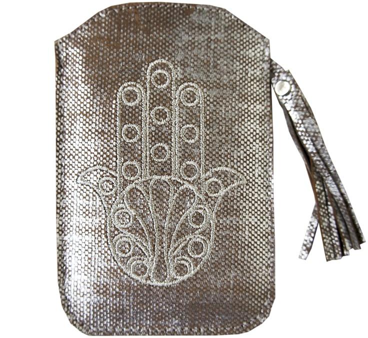 http://www.elramlahamra.nl/iPad-hoezen-telefoonhoesjes/Leren-iPhone-hoesje-gemeleerd-zilver/flypage.tpl.html