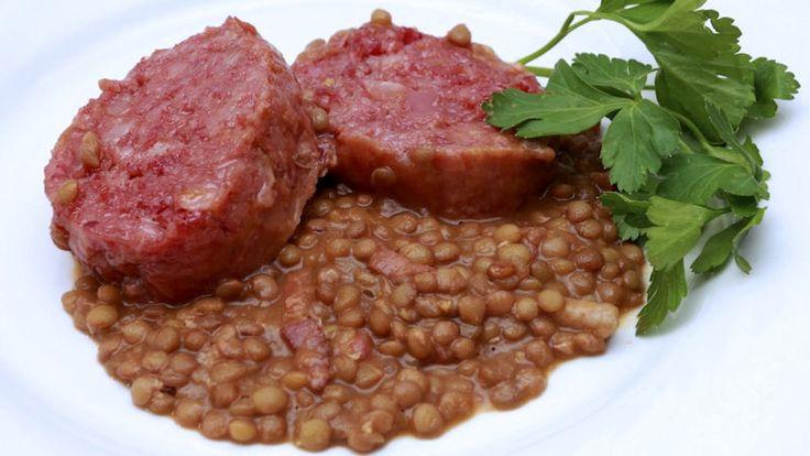 Come preparare Lenticchie e cotechino col Bimby della Vorwerk, impara a preparare deliziosi piatti con le nostre ricette bimby
