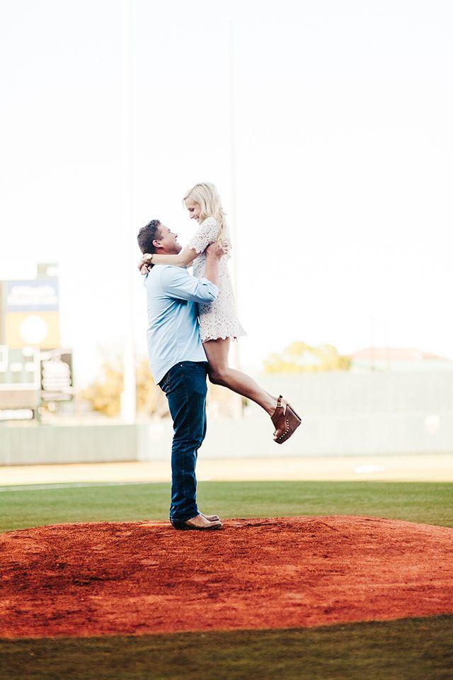 baseball engagement photos.
