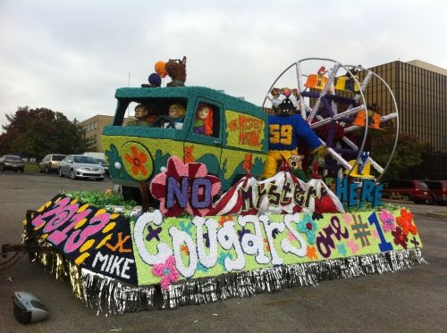 Scooby Doo Homecoming Float | Mimi Cartwright led the Homecoming Court as the 2012 Homecoming Queen ...