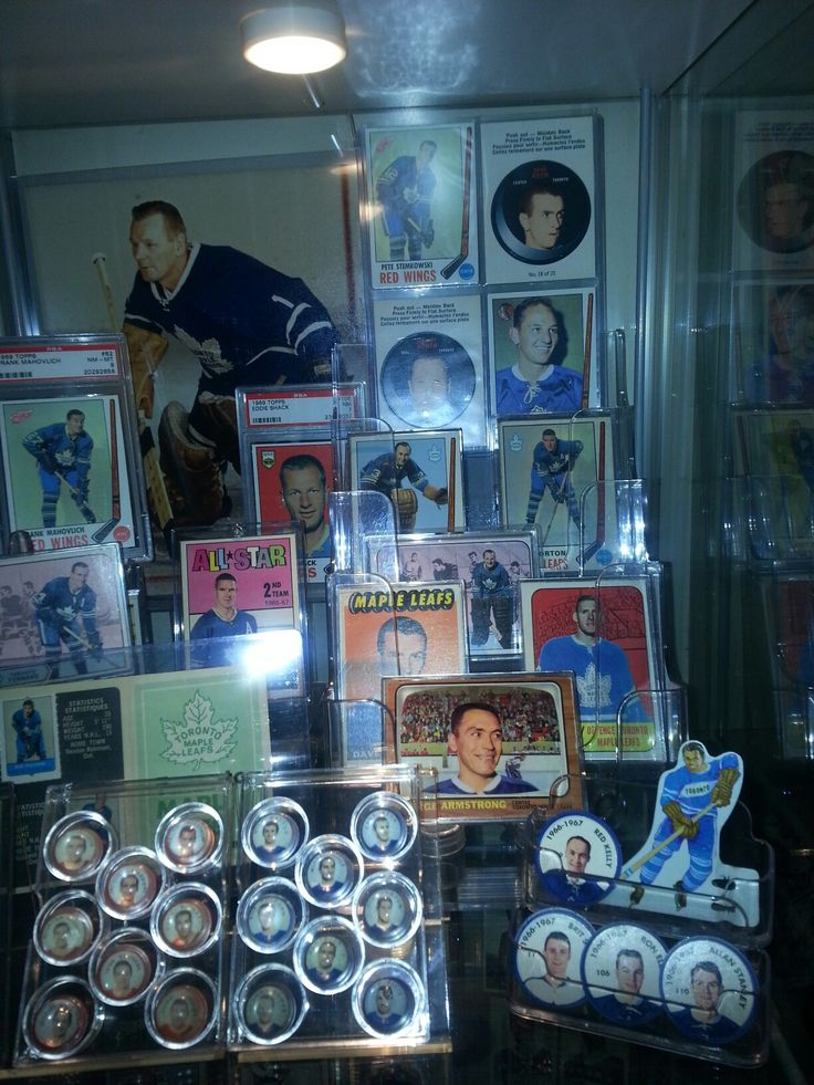 My mid to late 60s Leafs display. Consists of topps/OPC team sets,inserts, sheriff coins, post cereal marbles, etc.