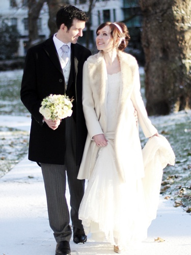 Awesome Winter Themed Wedding Dresses Gallery - Styles & Ideas ...