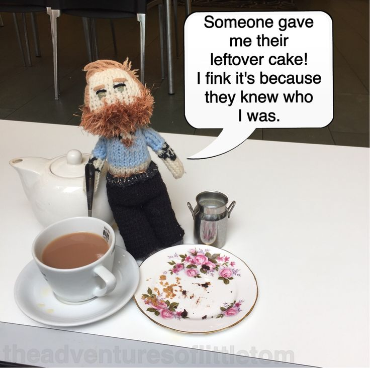 They said it was because they were leaving and it would have gone to waste, but I fink they were just too shy to straight out ask for me autograph. #TomHardy #afternoontea #cake #JohnRylandsLibrary #gotcakecozimfamous #manchester #england #uk