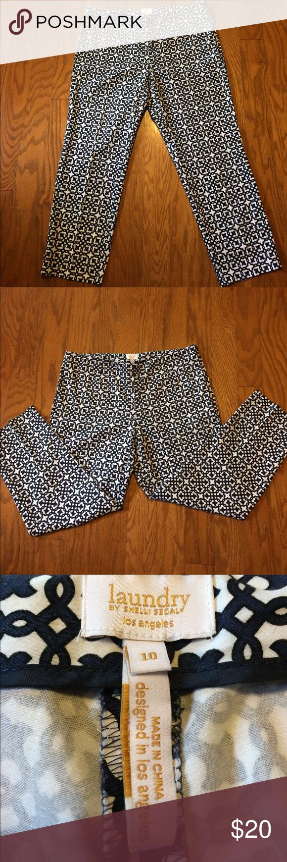 Ankle pants Laundry by Shelli Segal Cute & comfy ankle pants. Laundry by Shelli Segal. Navy & white in fun pattern. Laundry by Shelli Segal Pants Ankle & Cropped
