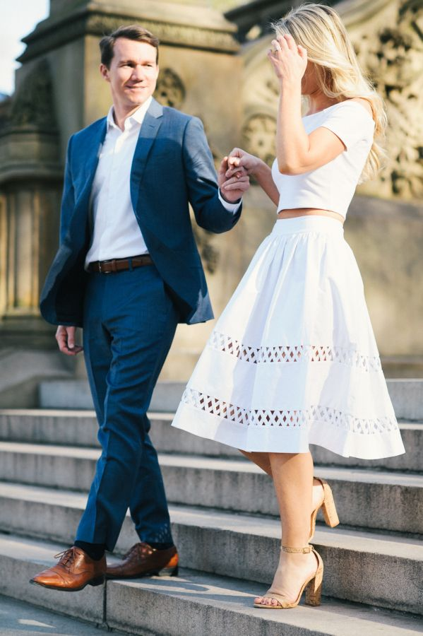 The prettiest summer e-sesh outfit: http://www.stylemepretty.com/new-york-weddings/new-york-city/2016/06/13/this-springtime-engagement-session-is-why-we-love-new-york/ | Photography: Still55 Photography - http://still55weddings.com/