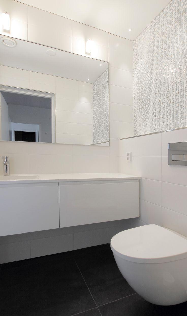 Aaltokuvioinen Laatta Google Haku Kylpyhuone Wc