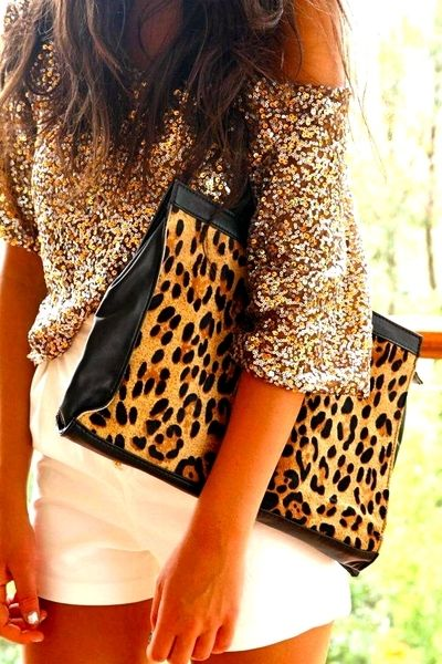 Over sized clutch: Leopards Clutches, Leopard Print, White Shorts, Outfit, Sequins, Animal Prints, Leopards Prints, Bags, Cheetahs Prints
