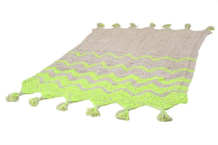 products details - Textile - Crochet rug handknitted neon (120x180)