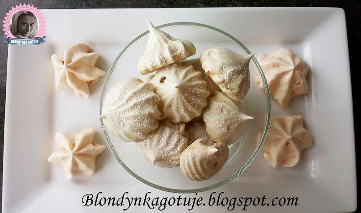 Blondynka Gotuje: Bezy Małe