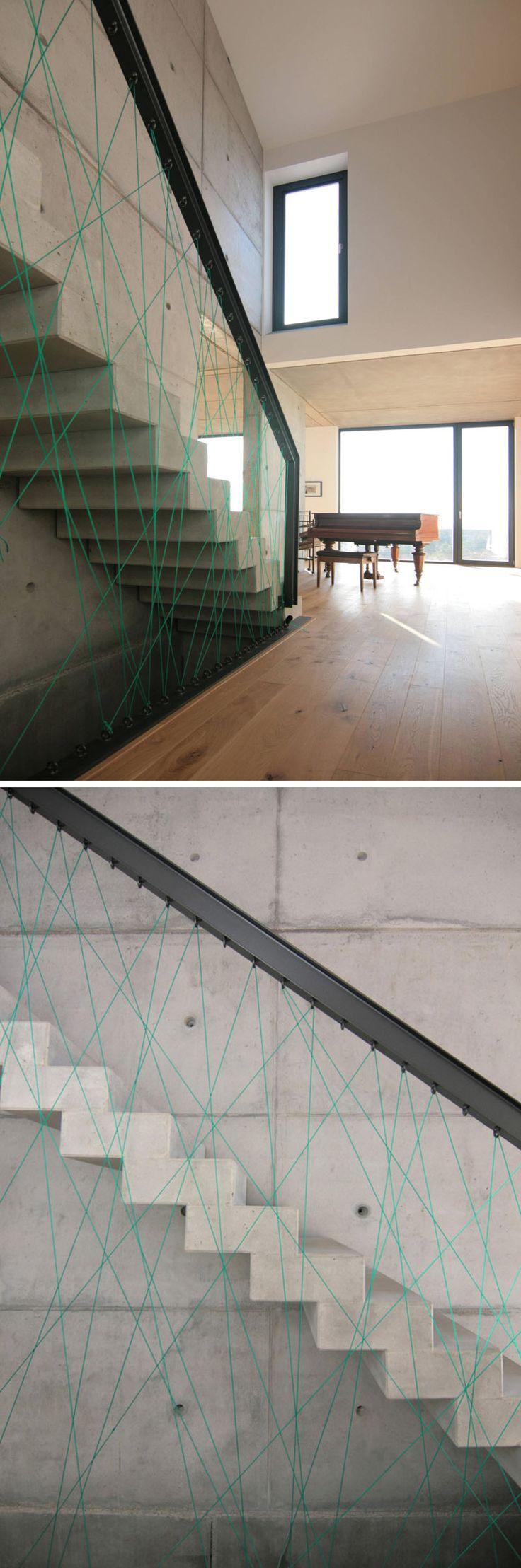 originales barandillas de cuerdas pensadas para escaleras modernas