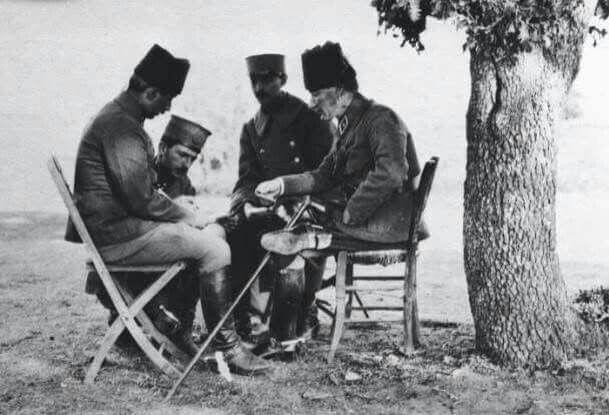 Yarın Büyük Taarruz başlayacak... Arife Günü... Harita Üzerinde Son Planlamalar... Kemal ve İsmet Paşalar, Albay Asım....