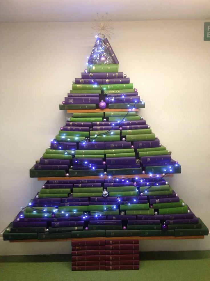 Another Amazing Christmas Tree Created Out Of Books Bought To You By Cardiff University