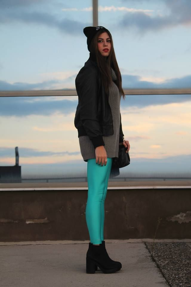 Maria with the aqua PCP leggings //  #pcpclothing #pcpleggings #pcpinia
