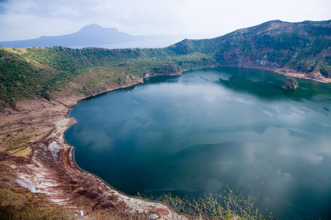 crater lake, taal volcano
