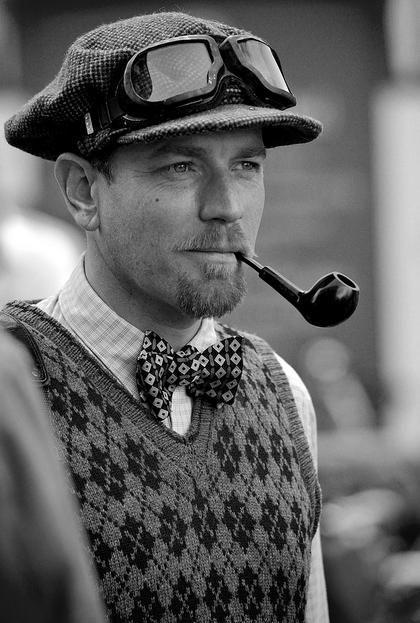 Ewan McGregor at the 2011 London Tweed Ride. Hells yes!