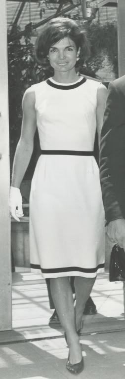 Timeless! Jacqueline Kennedy Onassis - Page 49 - the Fashion Spot. If only I could find this dress...