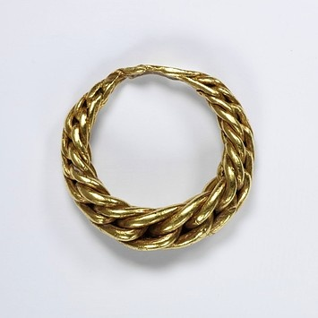 Viking Ring. Victoria and Albert Museum. Gold ring, of plaited wire, tapering towards the back where they are beaten flat.9th century to 11th century (made). Plaited gold wire. Height: 2.9 cm, Width: 3 cm, Depth: 0.8 cm.