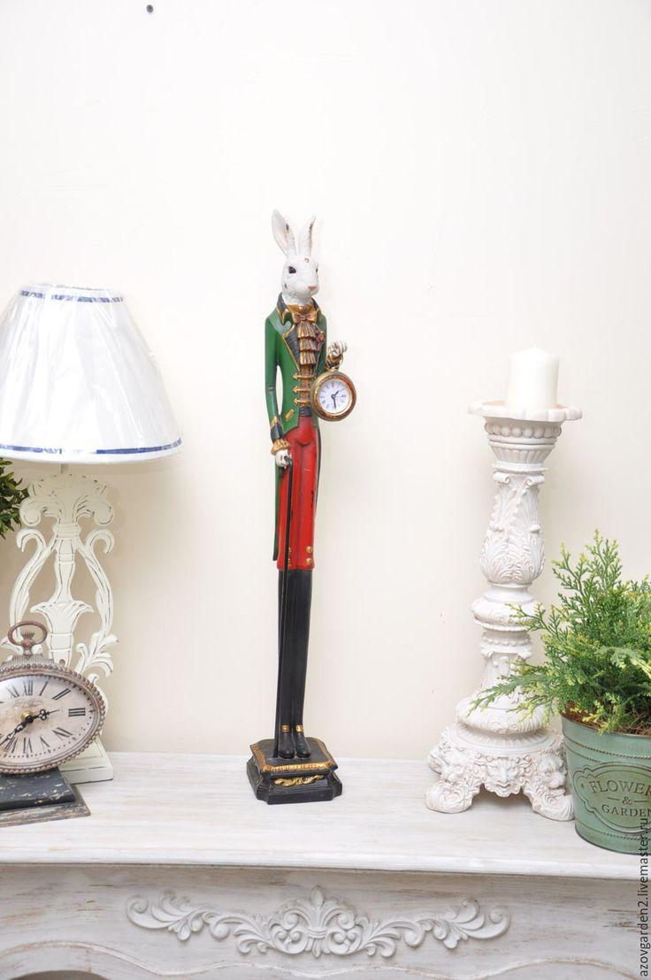 Купить или заказать Кролик - дворецкий с часами, винтажный стоящий, под старину в интернет-магазине на Ярмарке Мастеров. Кролик - дворецкий с часами, винтажный стоящий, под старину - для декорирования, росписи, состаривания... Эти фигурка кролика подойдет для многих стилей в декоре интерьера и непременно создаст уютную атмосферу в доме. Все предметы декора, которые мы предлагаем можно использовать для составления интерьерных композиций в соответствующем стиле, фотосессий с вашими работами…