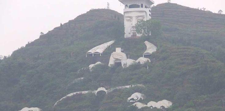 Una ciudad fantasma en China - http://www.absolut-china.com/una-ciudad-fantasma-china/