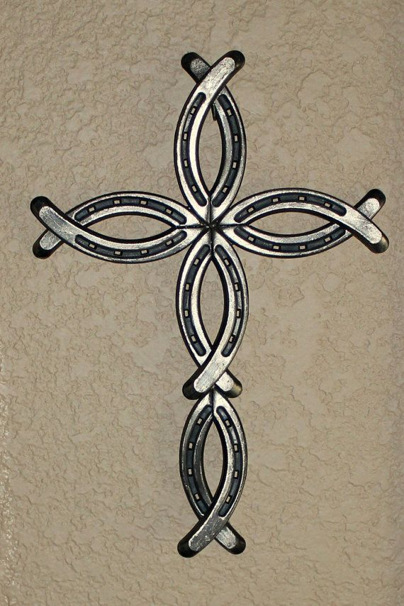 Horseshoe Cross by BobbinsAndPurls on Etsy