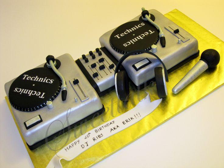 DJ Cake - DJ Cake, Music Cake, Custom Cakes, Specialty Cakes, 3D Cakes, Sweettalk, Grooms Cakes, Birthday Cakes