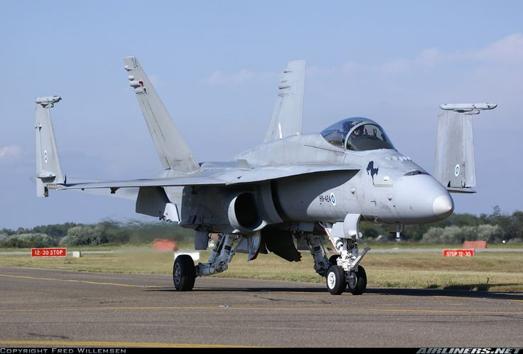 McDonnell Douglas F-18C Hornet - Finland - Air Force | Aviation Photo #1476922 | Airliners.net