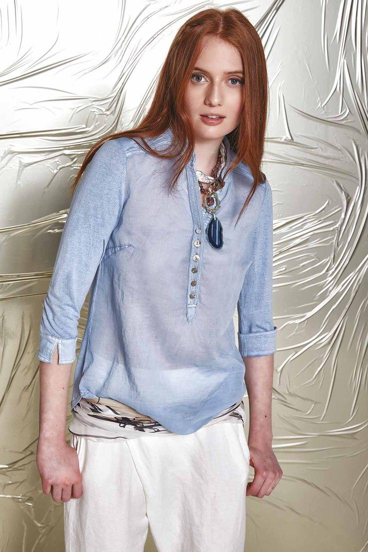 DANIELA DALLAVALLE - Lookbook #collection #danieladallavalle #elisacavaletti #woman #PE17 #trousers #blouse #necklace #kefia #foulard