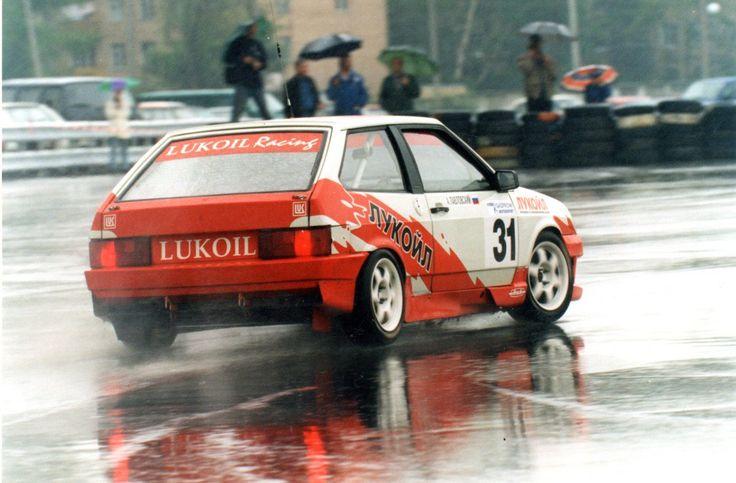 #lada #90s #race #rainy
