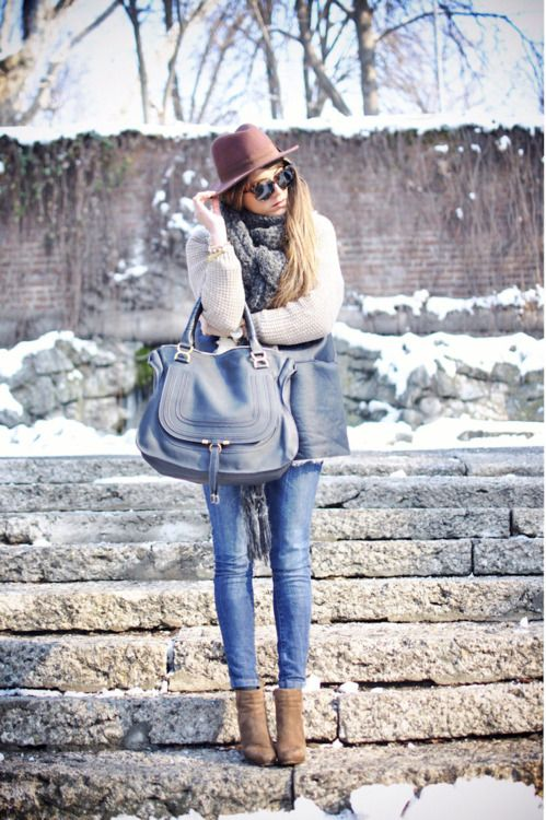 Dying For That Chloe Bag In The Gray Blue Outfit Isn T Bad Either Fashion I Adore Pinterest Winter And Wint