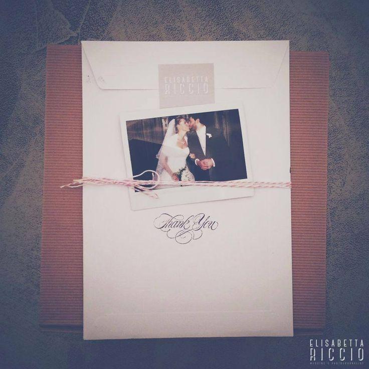 In consegna stampe fotografiche, polaroid, dvd con tutte le immagini del matrimonio e altre sorprese. FOTOGRAFO DI MATRIMONIO TORINO | www.elisabettaricciowedding.com