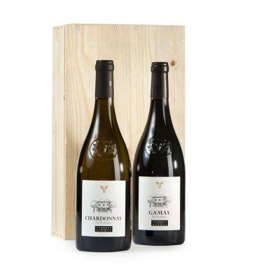 Georges Duboeuf begon in 1964 op jonge leeftijd het bedrijf Les Vins Georges Duboeuf en heeft sindsdien met zijn wijnen de wereld veroverd. Terecht noemt men hem vaak 'Le Roi du Beaujolais'. Zijn wijnbedrijf is het grootste en meest eigentijdse van de Beaujolais.