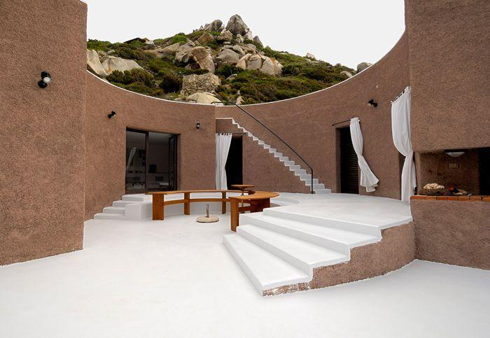 Cini Boeri – CASA ROTONDA loc. Punta Cannone, La Maddalena, Sassari 1966/1967