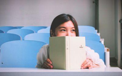 EF | Man lernt nie aus: Eine amerikanische Uni stellt 2340 kostenlose Online-Kurse ins Netz