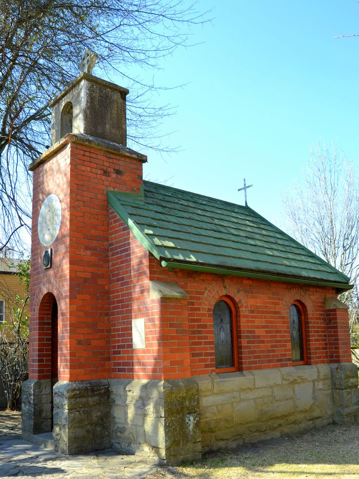 The Little #Church, Van Reenen's Pass exterior by Rosemary Hall http://www.n3gateway.com/n3blog/80/Serenity-coupled-with-the-smell-of-candle-wax-in-the-Little-Church.htm