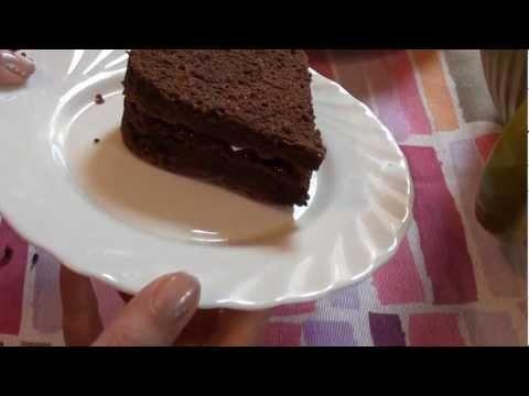 Dolci di San Valentino: Cuori di cioccolato con lamponi e panna - YouTube - video ricetta