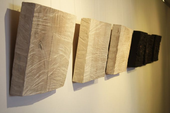 2 holz relief