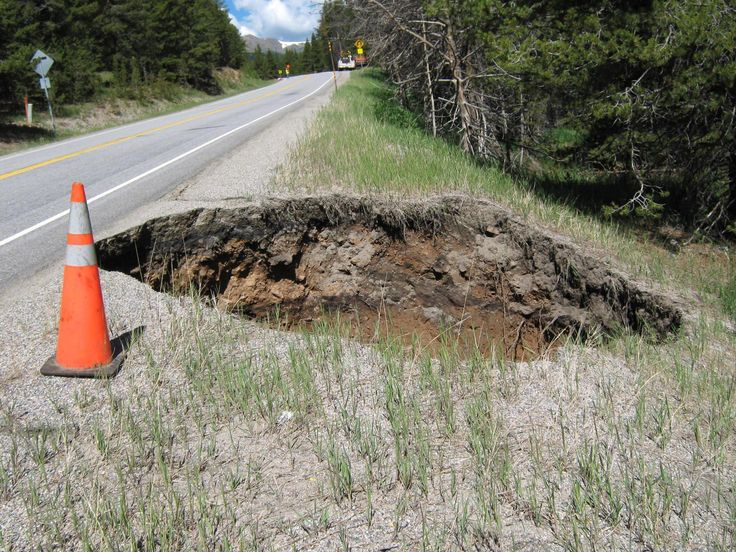 Giant Sinkhole Opens Along US-24, Closes Highway Near Leadville, Colo. (PHOTO)