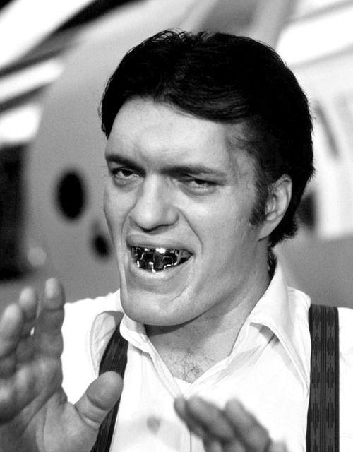 Richard Kiel as 'Jaws'. One of THE best James Bond villains. (09/13/1939 - 09/10/2014) • R.I.P.