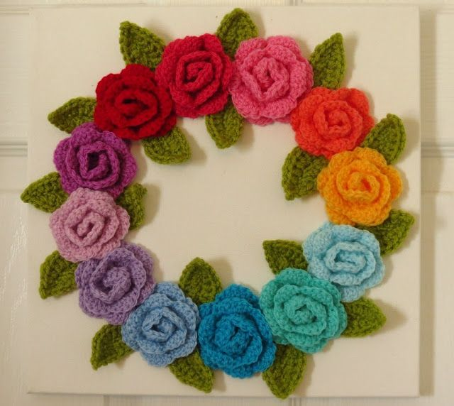 Crochet flower wreath - Sweet Bee Buzzings: In the End I Was Selfish About It.....