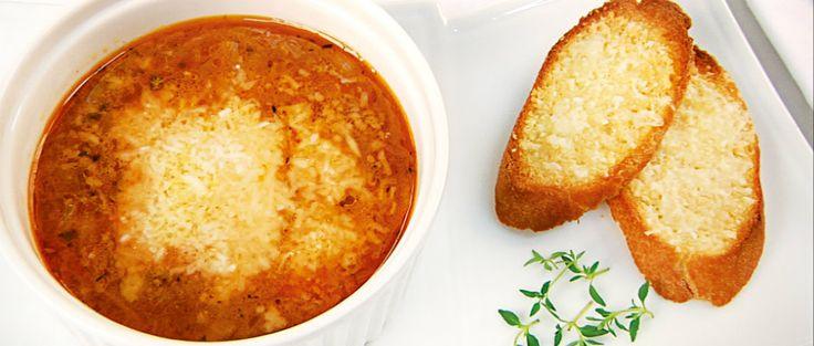Pařížská cibulová polévka