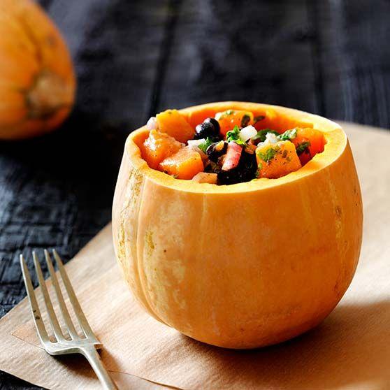 Græskarsalat -http://www.dansukker.dk/dk/opskrifter/graeskarsalat.aspx #dansukker #græskar #lækkert #opskrift #salat #spis #eat #snack #aftensmad